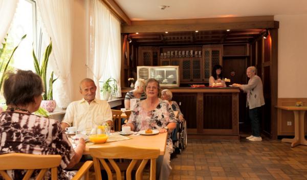 Helmut-Turck-Zentrum - Café
