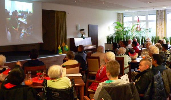 Helmut-Turck-Zentrum - Abschlussfest Projekt mit Fritz-Steinhoff-Schule